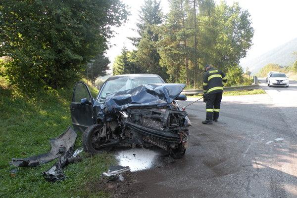 Ilustračné foto: Pri nehode sa zranili obidvaja šoféri. V autách okrem nich neboli žiadni spolucestujúci.