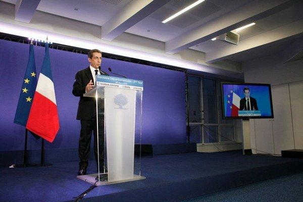 Sarkozy prezentuje regionálne voľby ako svoje víťazstvo.