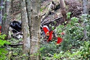 V troskách vrtuľníka spoločnosti Air Transport Europe, ktorý sa zrútil pri Strelníkoch zahynuli štyria ľudia.