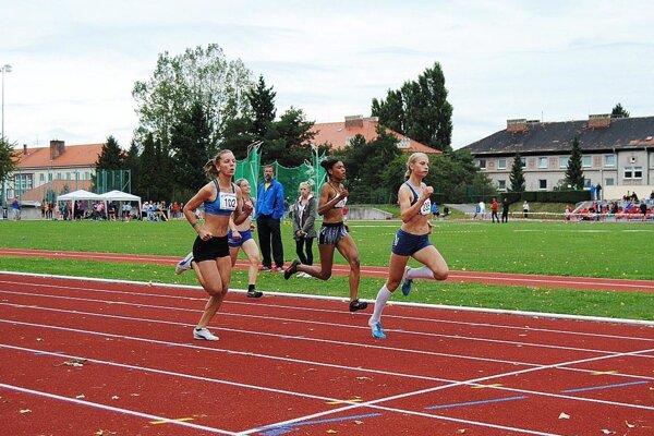 Andrea Švecová vyhrala behy na 150 a 300 metrov.