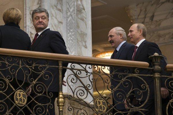 Lídri rokovali v Minsku viac ako pol dňa.