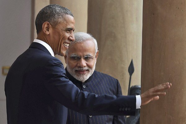 Americký prezident Barack Obama (vľavo) a indický premiér Naréndra Módí.