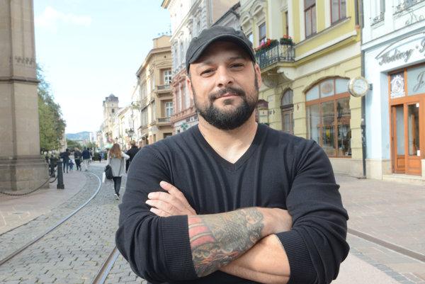 Christian Picciolini. Bývalý radikál absolvoval vKošiciach viacero diskusií.