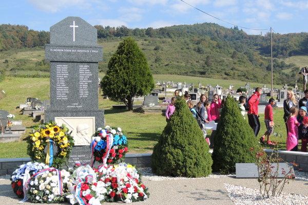 Obnovený pamätník padlým trnavským vojakom obnovili dnes.