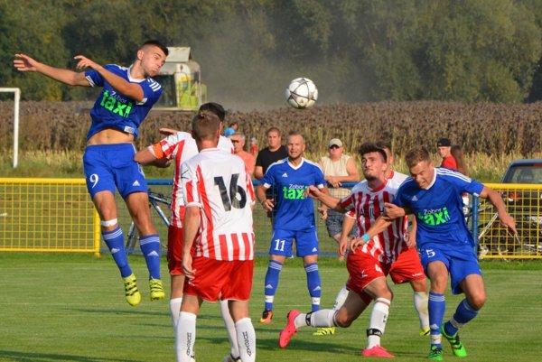 Hrušovany doma nestačili na Čeľadice a prehrali hladko 0:3.