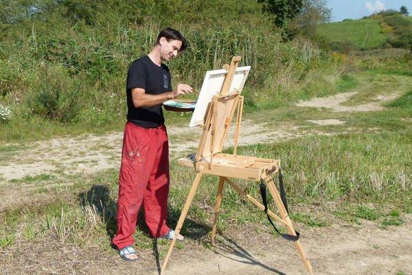 Martin Ranto pri práci v teréne.
