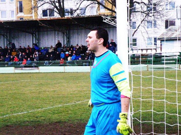 Jedným z hrdinov pohárového zápasu V. Ludince - Senica bol domáci brankár Daniel Benkó