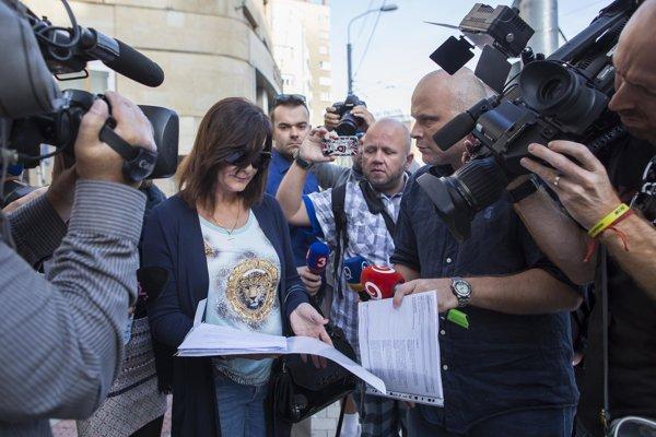 Matka zneužitej Natálie z kauzy Čistý deň podáva trestné oznámenie na Erika Tomáša.