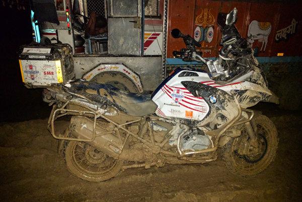 Podmienky pre motorku boli ozaj ťažké.