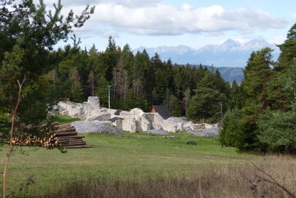 Kláštorisko. Je srdce Slovenského raja.
