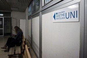 Vysoká škola Goethe Uni Bratislava prišla o všetky akreditácie a aj o študentov.