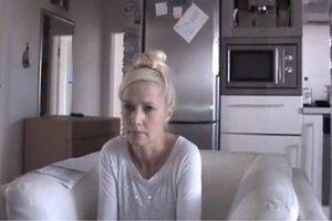 Exmanželka Vladimíra Jánoša Iveta na amatérskom videu rozšírenom cez internet.