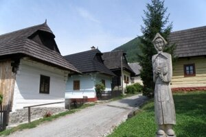 Ďalšou sumou prispelo MK aj na obnovu humna a sýpky vo Vlkolínci.