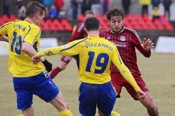 Na pomalé súdy doplatil v minulosti aj futbalista Miroslav Viazanko pri prestupe z Prešova do Košíc.