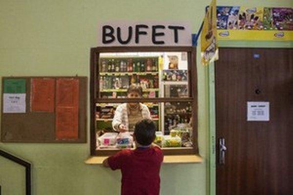 Parlament neschválil novelu školského zákona, ktorou chcela poslankyňa Eva Horváthová presadiť zdravšie potraviny v školských bufetoch.