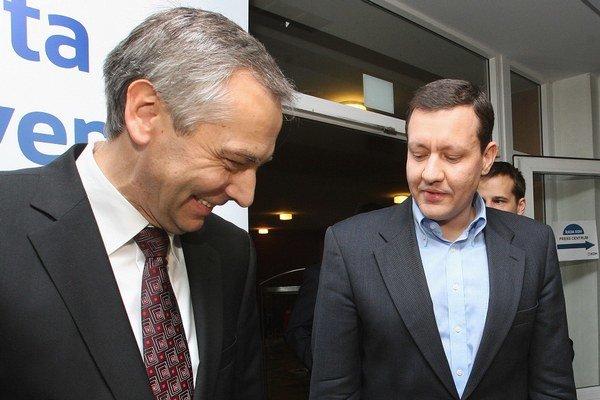 Predseda KDH Ján Figeľ (vľavo) a predseda NOVA Daniel Lipšic.