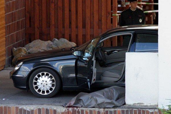 Čongrádyho zavraždili na Pečnianskej ulici v bratislavskej Petržalke.