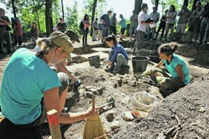 Archeologický výskum býva zvyčajne prvým krokom na záchranu.