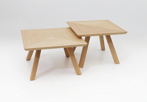 Dizajn - Ivan Čobej / stolík Argo