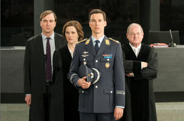 V úlohe prokurátorky sa objaví nemecká herečka Martina Gedeck, známa z filmu Životy tých druhých.
