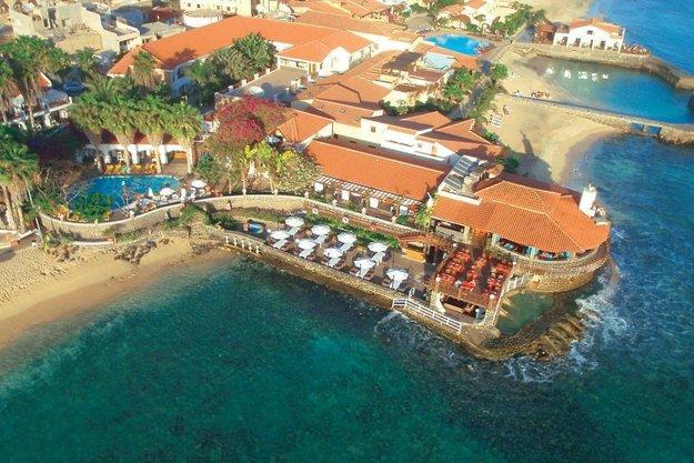V okolí Santa Maria je množstvo hotelových komplexov.