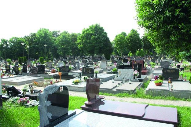 Starý cintorín je preplnený.