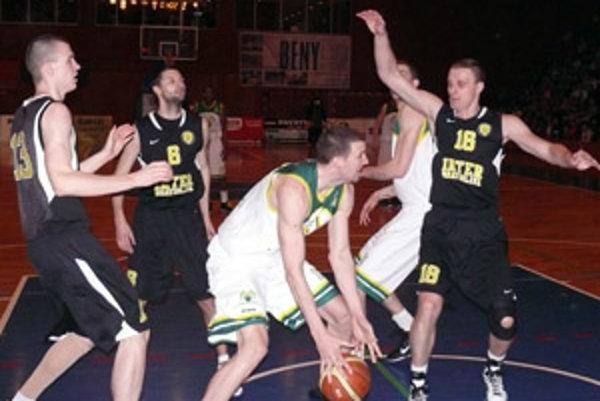 Predstavitelia basketbalového klubu Prievidza sa snažia získať sponzorov a partnerov pre budúcu sezónu.