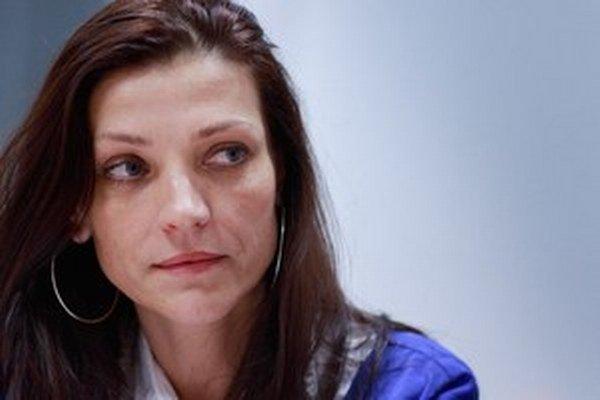 Riaditeľka piešťanskej nemocnice Mária Domčeková za nákupom CT stojí.