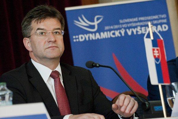 Lajčák navštívi aj slovenskú menšinu na východe Ukrajiny.