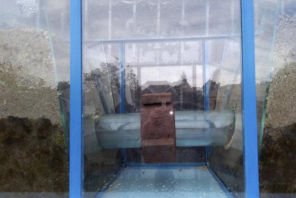 Ozdínske sklenené potrubie.