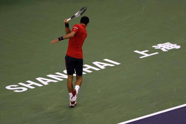 Novak Djokovič v Číne titul neobháji.