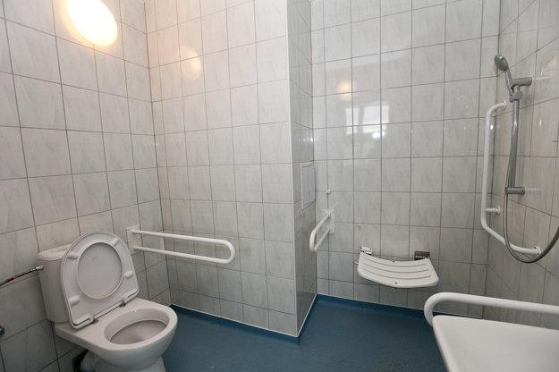 Toalety. Nahradili staré,opotrebované.