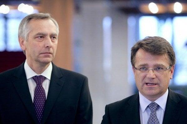 Ivan Uhliarik (vpravo) a Ján Figeľ (vľavo).