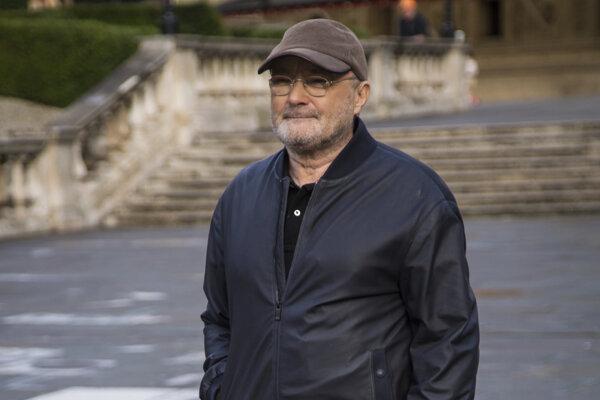Hudobník Phil Collins.