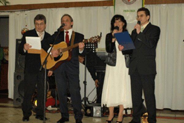Členovia spolku abtinentov si na stretnutí zaspievali aj vlastnú hymnu.