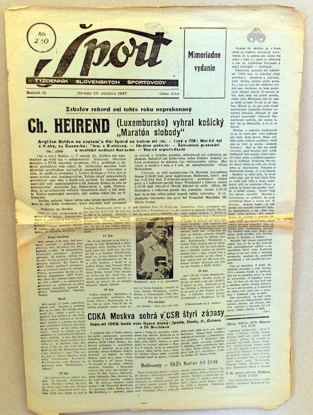 Novinová správa o maratóne z roku 1947.