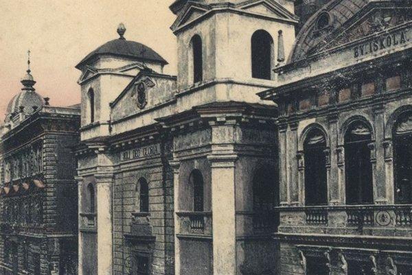 Evanjelický kostol na Mlynskej ulici okolo roku 1910.