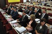 Michalovskí poslanci majú rozhodnutie v rukách.