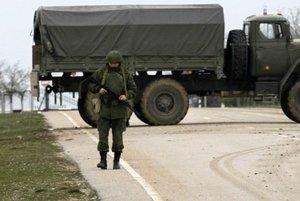 Je vojenský zásah na Kryme okupáciou, alebo len Rusko bráni svojich občanov? Rusi a Ukrajinci na Slovensku sa nedohodli.