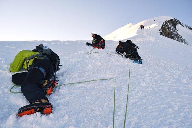 Keďže vynechali aklimatizáciu, výstup na Mont Blanc bol pre Oravčanov náročný.