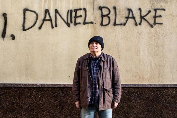 Ja, Daniel Blake, film od legendárneho režiséra Kena Loacha.