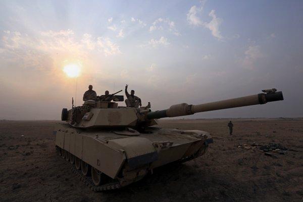 Na snímke tank irackej elitnej protiteroristickej jednotky, ktorá je nasadená vo vojne s Islamským štátom.