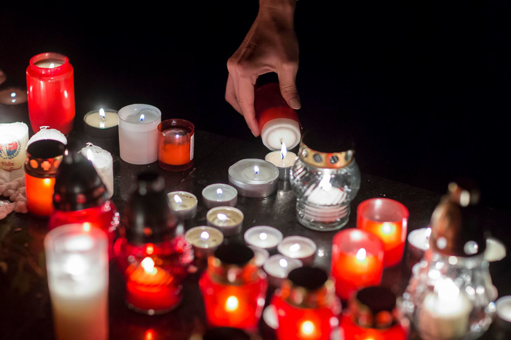 Atmosféra na najväčšom bratislavskom cintoríne v Slávičom údolí