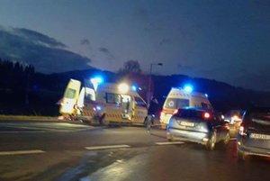 Pri nehode utrpela 54-ročná žena vážne zranenia.