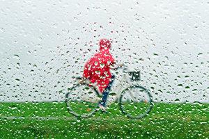 Daždivo bude aj v nedeľu.