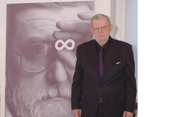 Ľ. Feldek na výstave v Martine.