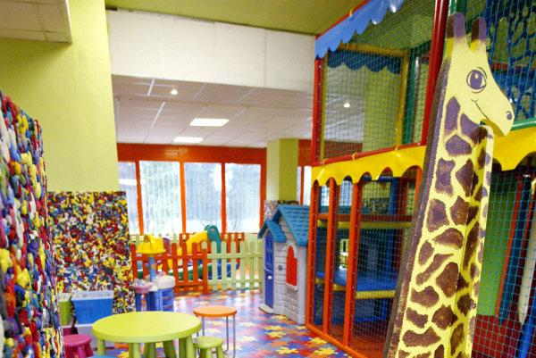 V rámci plánovaného projektu vznikne aj detský kútik, či kancelárie pre občianske združenia.