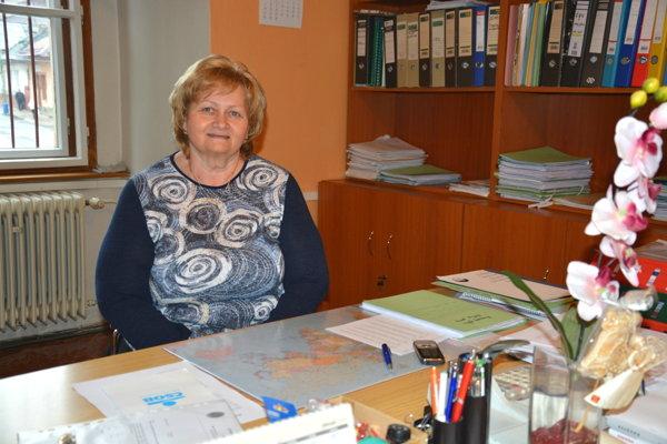 Janka Šrenkelová. Vedúcu finančného oddelenia vDobšinej ocenili za dlhoročnú prácu.