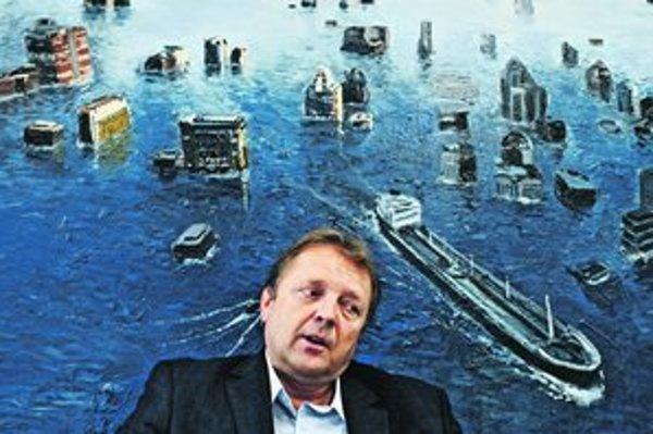 Šéf galérie a organizátor aukcie Jaroslav Krajňák.