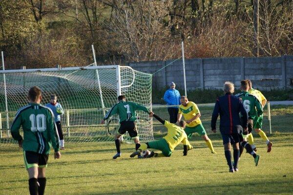 Chrabrany vyhrali v nedeľu v Urminciach presvedčivo 4:0.